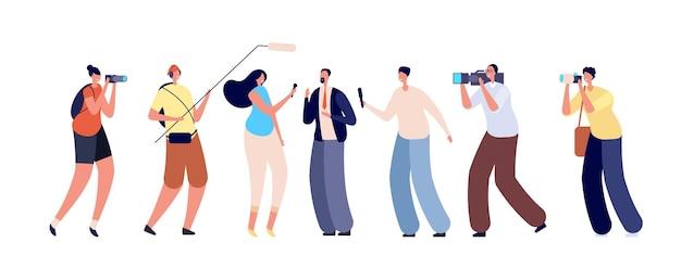 Wywiad dziennikarzy. biznesmen, reportaż telewizyjny z kampanii wyborczej. tłum ludzi aparat mikrofon, ilustracja wektorowa mediów informacyjnych. fotografowanie i multimedia, emisje reportażu