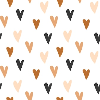 Wzór ręcznie rysowane proste serca w pastelowych kolorach brązu i neutralnym beżu