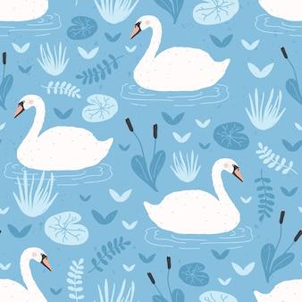 Wzór z białych łabędzi pływających w stawie wodnym lub jeziorze wśród roślin.