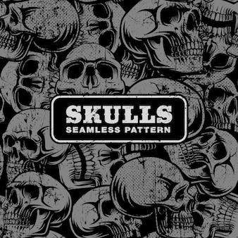 Wzór z grunge czaszki na ciemnym tle.