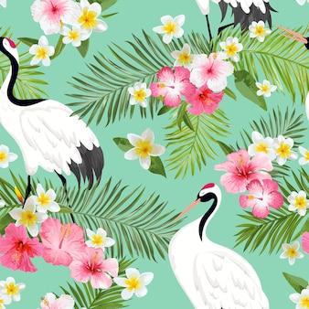 Wzór z japońskimi żurawiami i tropikalnymi kwiatami, retro ptak tło, kwiatowy nadruk mody, japoński zestaw dekoracji urodzinowych. ilustracja wektorowa