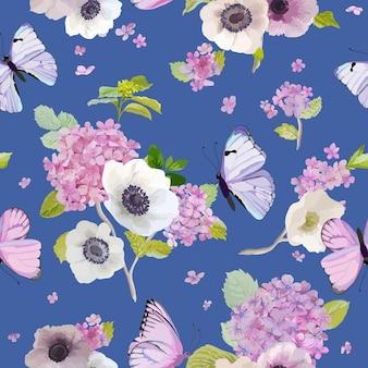 Wzór z kwitnącymi kwiatami hortensji i latającymi motylami w stylu akwareli