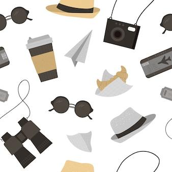 Wzór z okulary przeciwsłoneczne, kapelusz, aparat fotograficzny, bilety, lornetka, kawa, rogalik. modna tekstura podróży. tło obiektów podróży