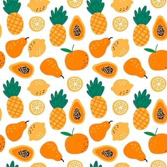 Wzór z owocami ananasy, cytryny, papaja, gruszka, pomarańcza na białym