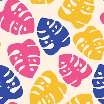 Wzór z różowymi, żółtymi, niebieskimi liśćmi monstery na beżowym tle