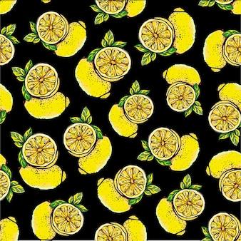Wzór z żółtymi cytrynami, całe i pokrojone na czarnym tle.
