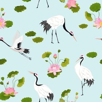 Wzór z żurawiami, kwiatami lotosu i liśćmi, retro tropikalny kwiatowy tło do druku mody, tapeta dekoracja urodzinowa. ilustracja wektorowa