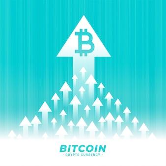 Wzrost w górę koncepcji projektu bitcoin ze strzałką