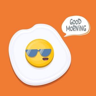 Zabawna kreskówka jajko sadzone postać z okularami przeciwsłonecznymi