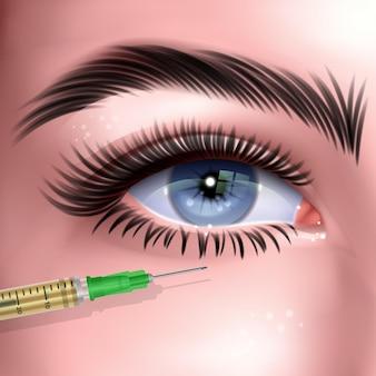 Zabieg na zmarszczki twarzy kobiety wstrzyknięciem botoksu