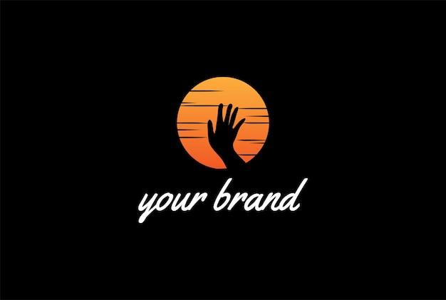 Zachód słońca wschód słońca ręka sen nadzieja logo design vector