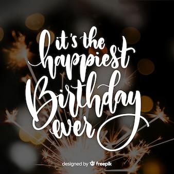 Zadowolony urodziny napis z fajerwerkami