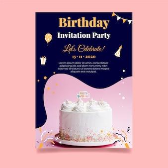 Zadowolony urodziny szablon karty pyszne ciasto