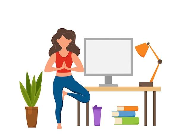 Zajęcia jogi online fitness koncepcja wektor. zostań w domu dziewczyna robi ćwiczenia patrząc na płaski ilustracja kreskówka ekranu. koncepcja projektowania zdrowego i zdrowego stylu życia z kobietą w domowym wnętrzu