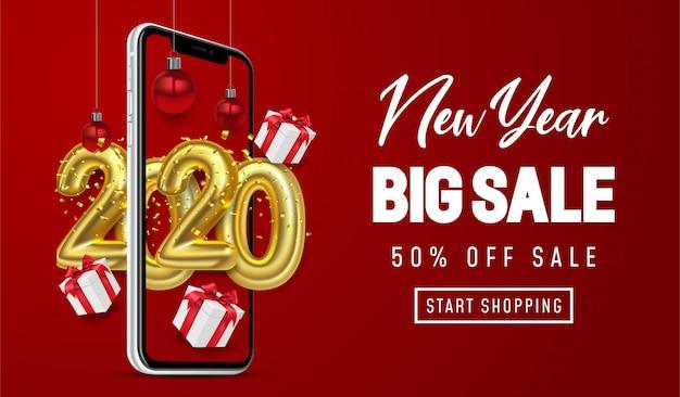 Zakupy online, oferta specjalna nowy rok wielka wyprzedaż, czerwone tło na telefonie komórkowym