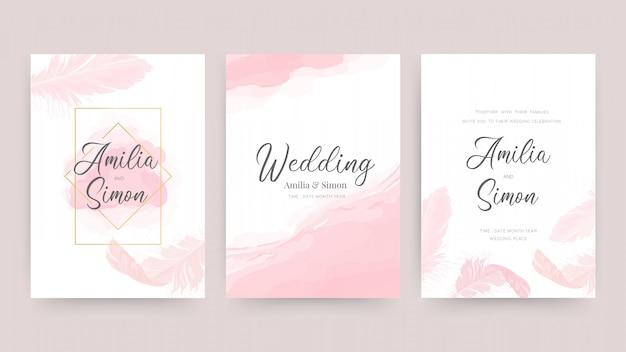 Zaproszenia ślubne i szablon projektu karty z pięknymi piórami.