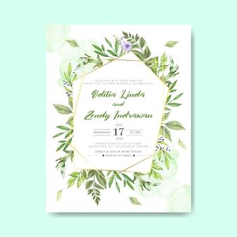 Zaproszenia ślubne z pięknymi liśćmi i kwiatami