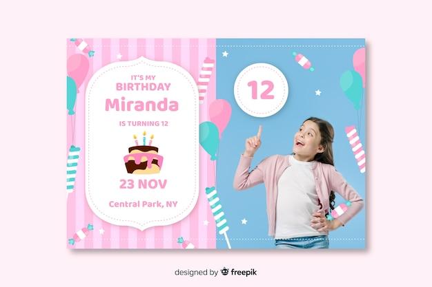 Zaproszenie na urodziny dla dzieci ze zdjęciem koncepcji