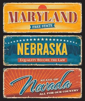 Zardzewiałe metalowe tabliczki stanu usa american z mottem miasta i sloganami