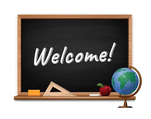 Zarząd szkoły z tekstem napisanym kredą. tablica z napisem. witamy. projekt koncepcji transparentu szkolnego z czarną tablicą, jabłkiem i kulą ziemską. ilustracja