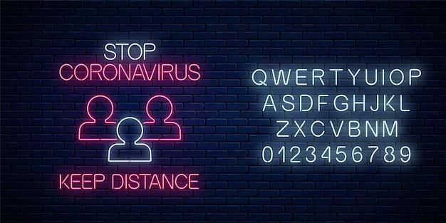 Zatrzymaj neon znak koronawirusa za pomocą ikony dystansu i alfabetu. symbol ostrzeżenia o wirusie covid-19 w stylu neonowym