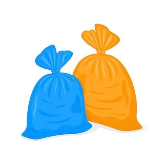 Zawiązane plastikowe worki na śmieci wypełnione opakowania na śmieci
