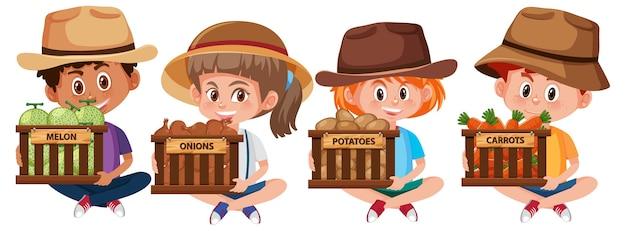 Zbiór różnych dzieci trzymając owoce lub warzywa na białym tle