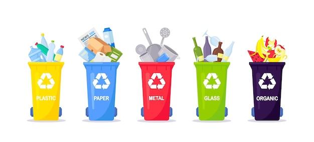 Zbiórka, segregacja i recykling odpadów. śmieci podzielone na różne rodzaje i zebrane do pojemników na odpady. każdy pojemnik na inny materiał