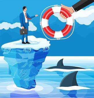 Zdesperowany biznesmen unosi się na górze lodowej, pobierając koło ratunkowe. pomagamy przetrwać biznesowi. pomoc, wsparcie, przetrwanie, inwestycje, kryzys przeszkód. zarządzanie ryzykiem. płaska ilustracja wektorowa
