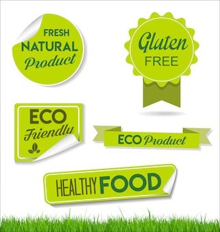 Zdrowe, naturalne jedzenie oznacza etykiety ekologiczne