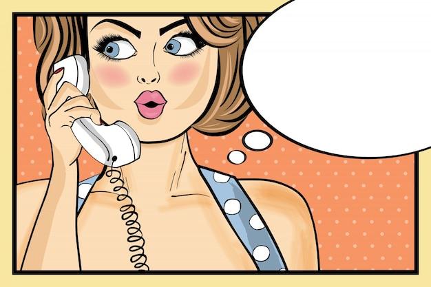 Zdziwiona kobieta pop art rozmawianie na retro telefonu komiks kobieta z bąblu pin up girl