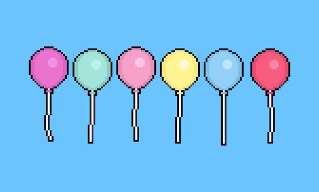 Zestaw balonów z kreskówką pixel art. 8-bitowy.