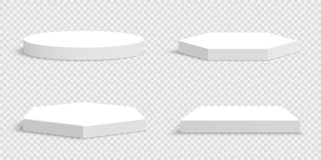 Zestaw białych pustych podium na przezroczystym. cokoły.