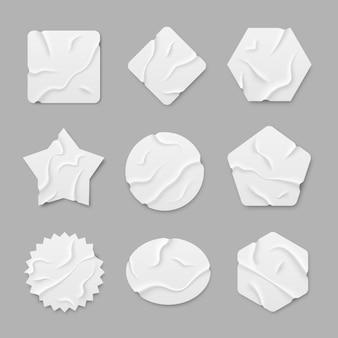 Zestaw białych samoprzylepnych naklejek samoprzylepnych zestaw kawałków taśmy klejącej na przezroczystym tle