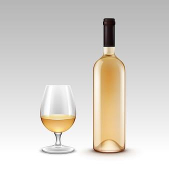 Zestaw butelek wina i szklanki na tle