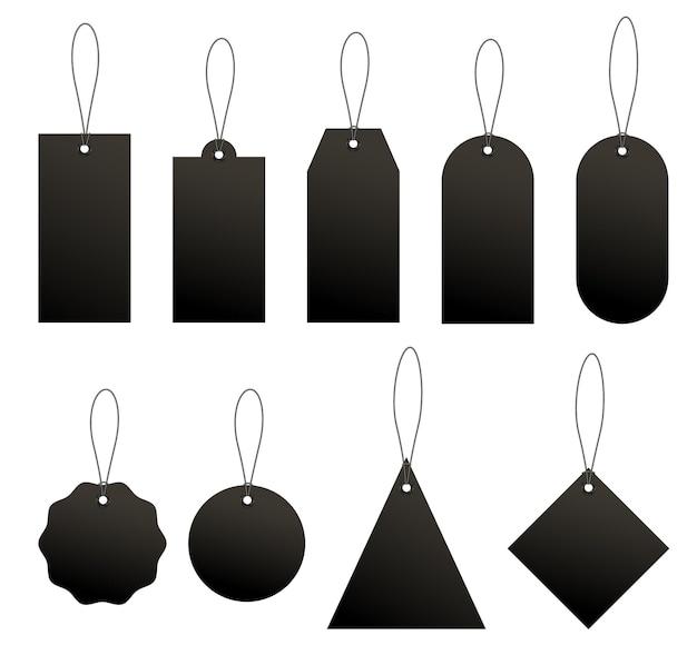 Zestaw czarnych zawieszek cenowych lub bagażowych o różnych kształtach ze sznurkiem.