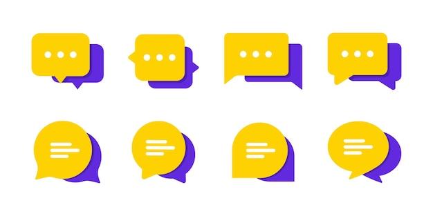 Zestaw czatu wiadomości pęcherzyki wektor ikona. ikony komunikacji. dyskusja, okno dialogowe. zestaw ikon sieci web. komunikacja przez internet. rozmowa, sms, powiadomienie, czat grupowy. ikony na czacie w różnych stylach