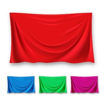 Zestaw czerwonego jedwabnego materiału