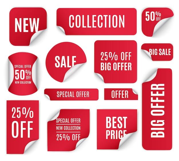 Zestaw czerwonych naklejek papierowych do sprzedaży na białym tle. okrągłe, kwadratowe, prostokątne, skręcone czerwone banery sprzedażowe, etykiety, metki.
