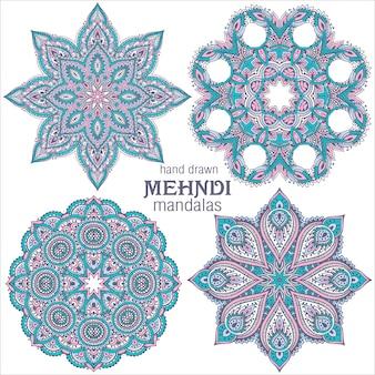 Zestaw czterech abstrakcyjnych okrągłych koronkowych mandali, elementy dekoracyjne. styl mehndi, tradycyjny orientalny ornament.
