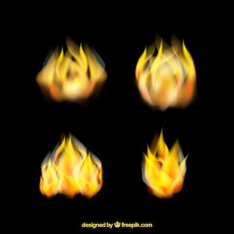 Zestaw czterech realistycznych płomieniach