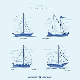 Zestaw czterech zabytkowych łodzi