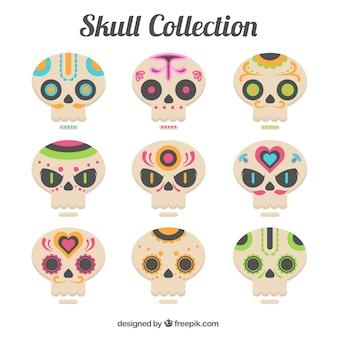 Zestaw dekoracyjnych czaszek w płaskiej konstrukcji