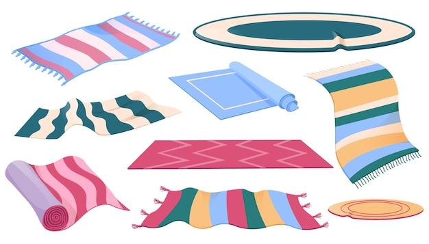 Zestaw dywanów lub dywaników o różnych kształtach i kolorach