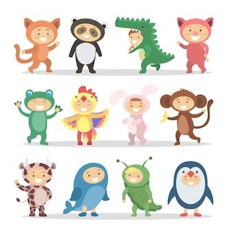 Zestaw dzieci w kostiumach zwierząt. śmieszne kreskówki słodkie dzieci.