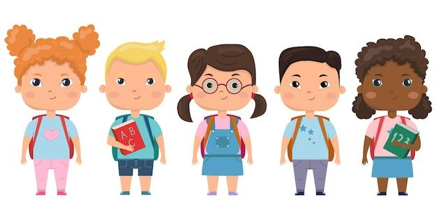 Zestaw dzieci w wieku szkolnym z przyborami szkolnymiuczniowie z książkami i plecakami