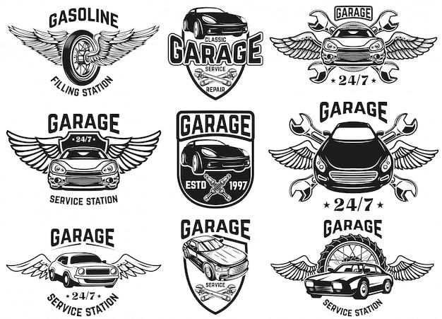 Zestaw emblematów do naprawy samochodu, warsztatu, serwisu. na logo, etykietę, znak, odznakę. ilustracja