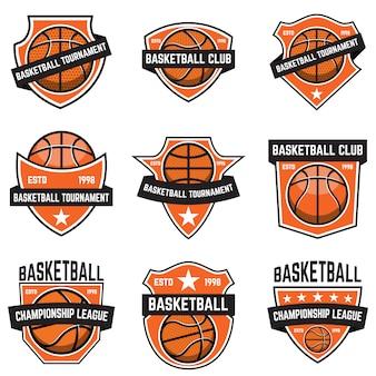 Zestaw emblematów sportowych koszykówki. element plakatu, logo, etykiety, godła, znaku, koszulki. ilustracja