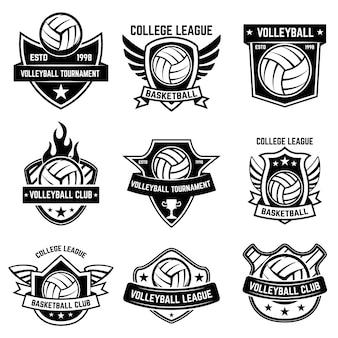 Zestaw emblematów sportowych w piłce siatkowej. element plakatu, logo, etykiety, godła, znaku, koszulki. ilustracja