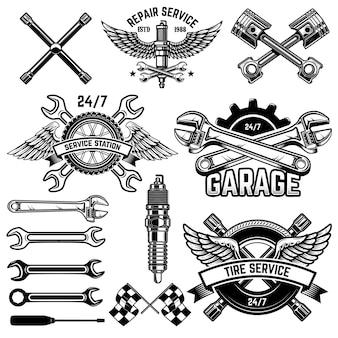 Zestaw emblematów stacji obsługi samochodów i elementów projektu. na logo, etykietę, znak, baner, koszulkę, plakat.